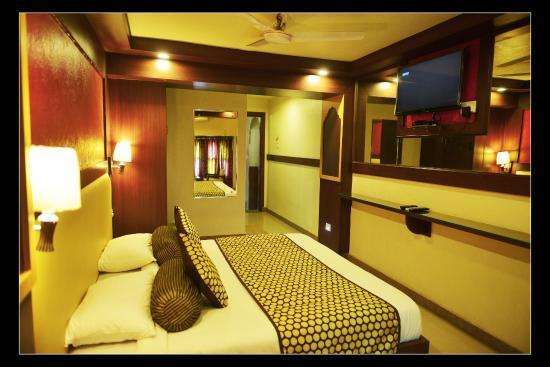 Shanti Bhawan Heritage Hotel : Royal Room