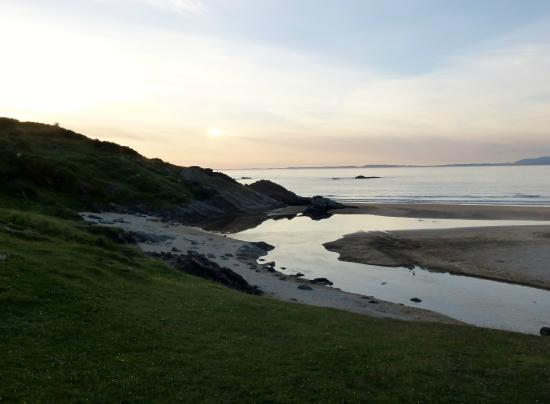 Kiloran Beach : Sunset over Kiloran Bay