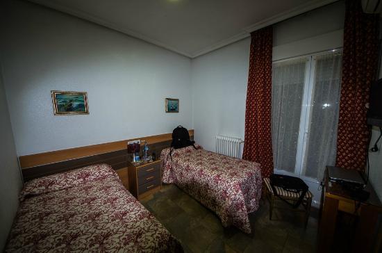 Hostal del Pez Azul: Zimmer in tatsächlicher Größe