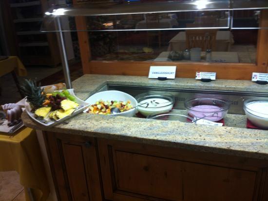 Hotel Enzian: 9. Morgenmad buffet