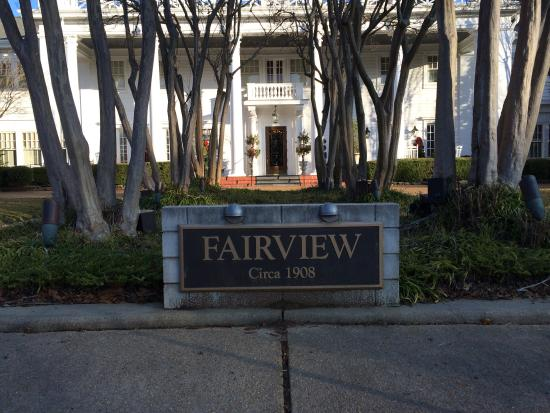 Fairview Inn: Winter at Fairview