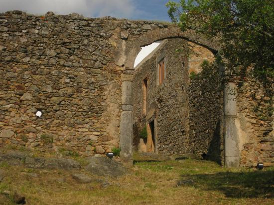 Convento Da Provenca : Entrada na Cerca do Convento