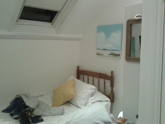 Glen Afton : Room