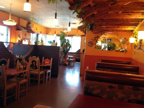 Jalisco's Mexican Restaurant No. 2: Interior