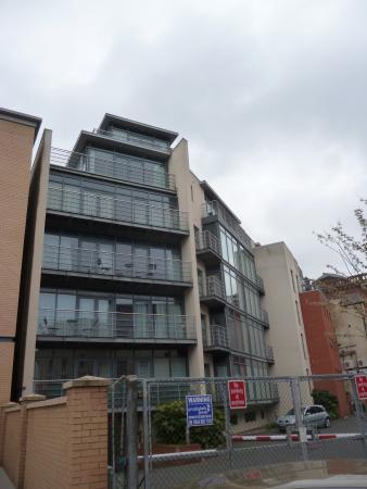KSpace Waterloo Court Apartments: KSpace Apartment