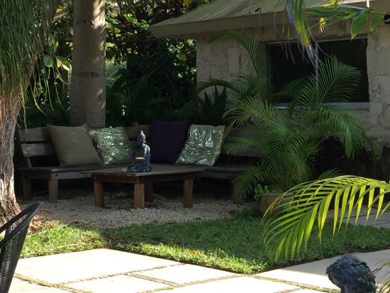 Budha Gardens Spa: Serene seating area