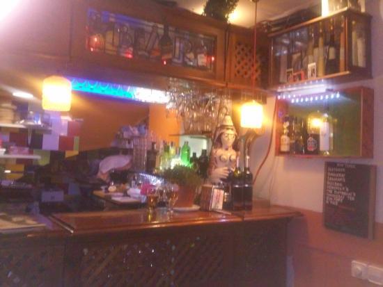 Bar 20 Metros