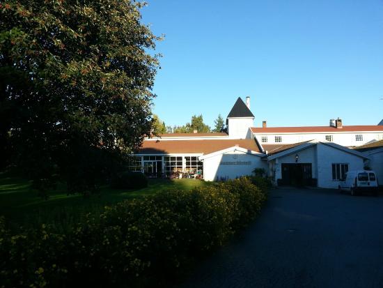 Sanner Hotell: Inngangspartiet til hotellet