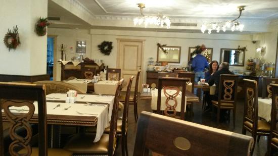 Stevalia Hotel & Spa : Breakfast area