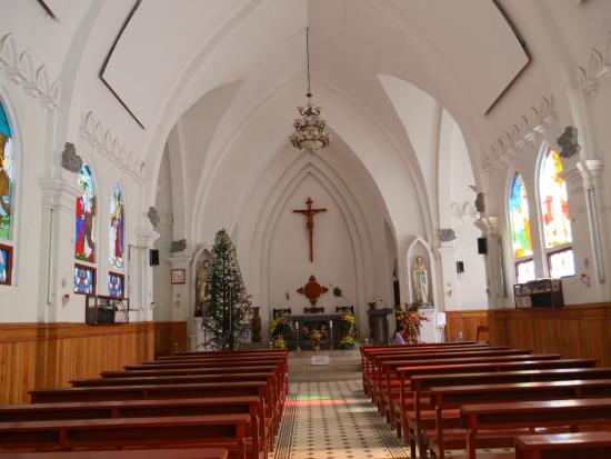 Holy Rosary Church Or the Stone Church : Lovely interior & colourful windows depicting saints