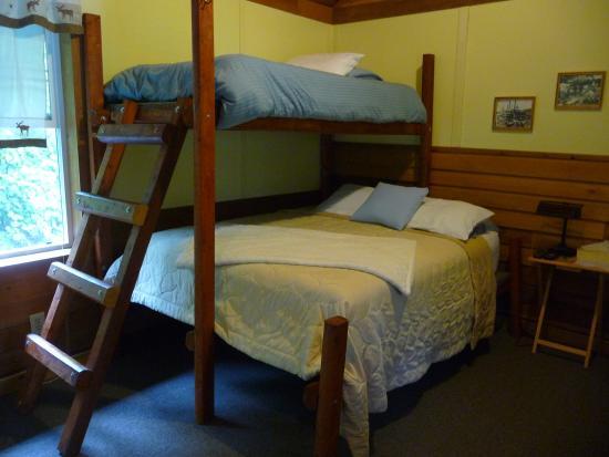 Salmon Bake Cabins : Notre chambre