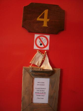 The Red Boat Hotel & Hostel: Room 4