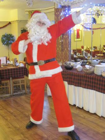 Adelaide House Hotel : Santa visiting on Christmas Morning!