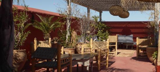 Dar Tchaikana: breakfast at the terrace
