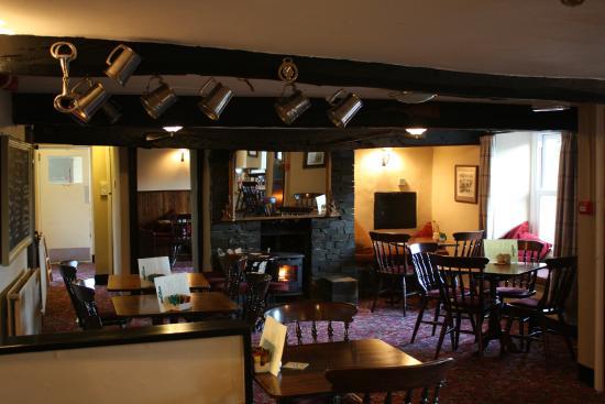 White Horse Inn: Inside at The White Horse