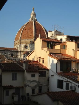 B&B Residenza della Signoria: View from our bathroom