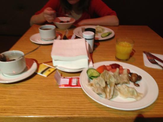 comfort hotel lt rock n roll vilnius breakfast