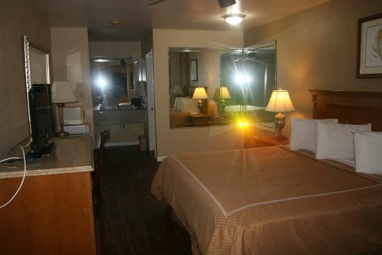 Scottish Inns & Suites Kemah: King Standard Room