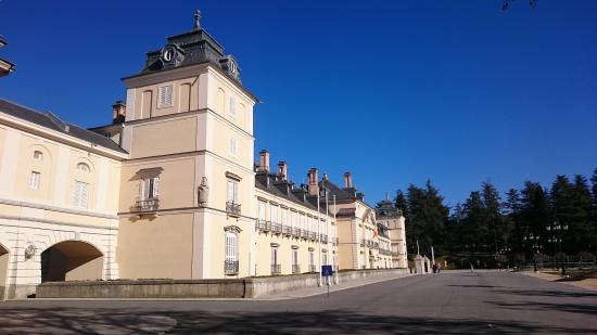 Palacio Real de El Pardo : vista desde la entrada