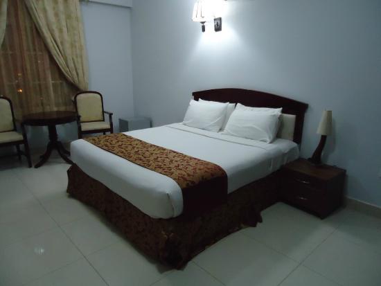 Al Maha International Hotel : Zimmer