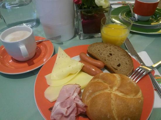 Kolpinghaus Wien Zentral: breakfast very good!