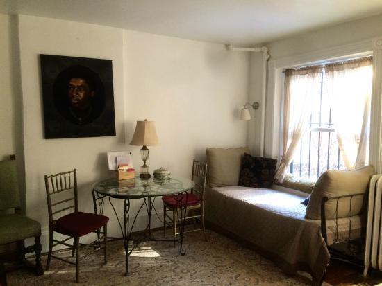 Jumel Terrace Bed and Breakfast: Garden Room
