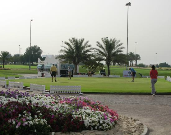 Doha Golf Club: Nice break from the Desert.