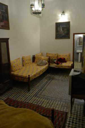 Dar Bouanania: first floor room