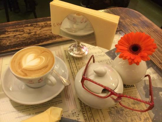 Coffeemania: В ОЖИДАНИИ ДЕСЕРТА