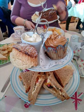 The Parlour Tearoom: All this and tea for £10:50 wow!