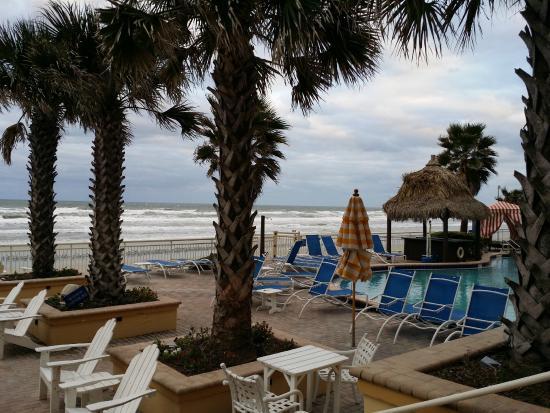 beach picture of the shores resort spa daytona beach. Black Bedroom Furniture Sets. Home Design Ideas