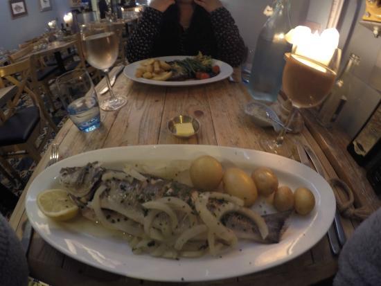 Tanroagan Seafood Restaurant: Sea bass