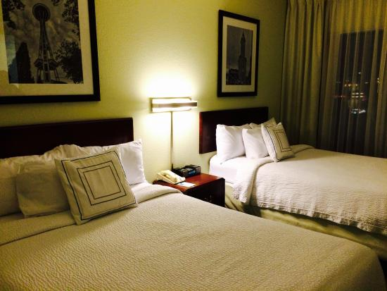 SpringHill Suites Seattle Downtown/South Lake Union: Double beds