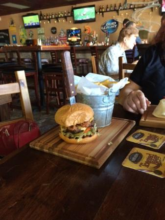 Tunstall's Bar & Grill