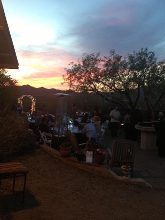 Spur Cross Bed & Breakfast Inn: sunset