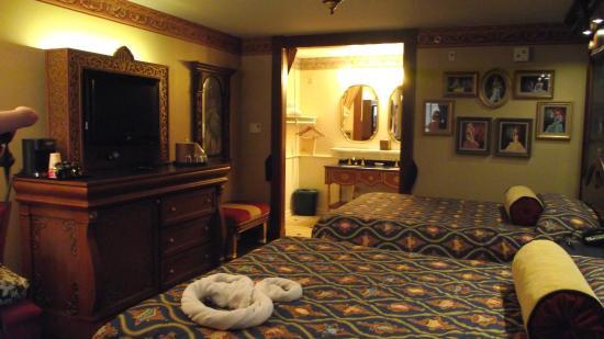 Royal Guest Room Picture Of Disney S Port Orleans Resort