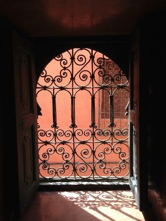 Riad Fabiola: window
