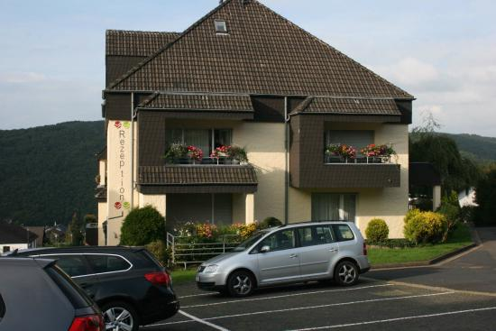 Gemuender Ferienpark Salzberg : Reception/laundry/workout center building