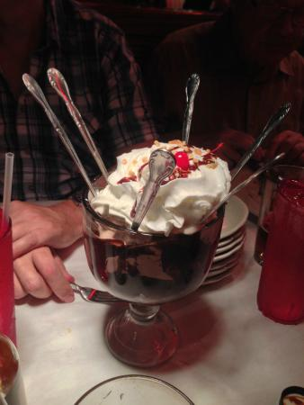 Chocolate brownie sundae, huge!