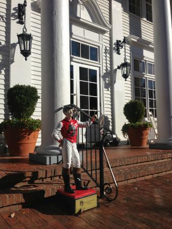 The Willcox : Entry detail with lawn jockey