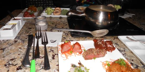 The Melting Pot : The Classic Entree