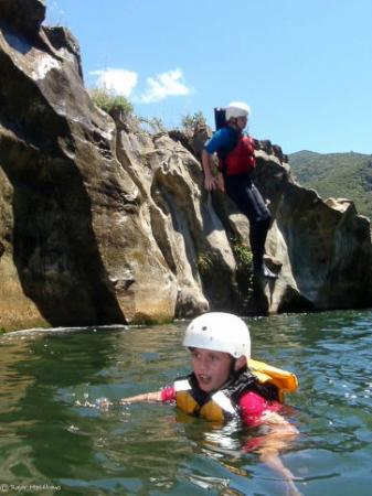 Mohaka Rafting: Pleanty of time for swimming