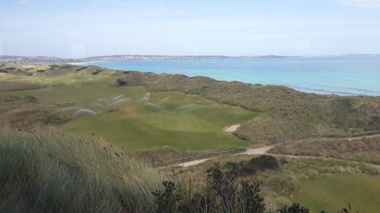 Barnbougle Dunes Cottages : View from The Lost Farm restaurant