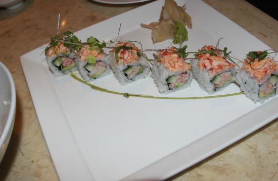 Alan Wong's Amasia: California Roll with Ginger Puree