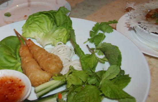 Alan Wong's Amasia : Shrimp Tempura Lettuce Wraps