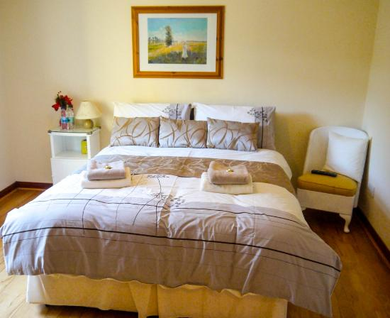 Murphy 39 s bed and breakfast carlingford irland omd men for How to buy a bed and breakfast