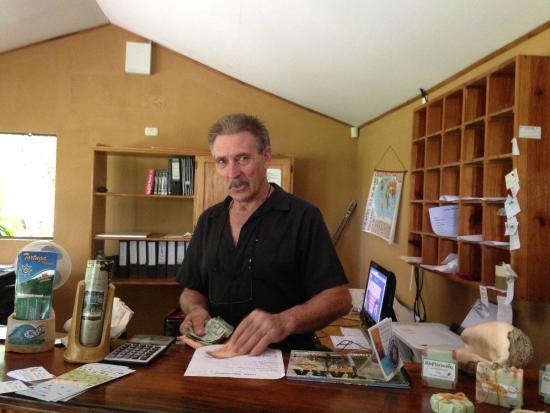 Hotel Belvedere - Playa Samara: Sr. Manfred, our host