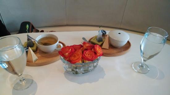 Bay City, MI: Tea 4. 2 at   Cafe Zinc