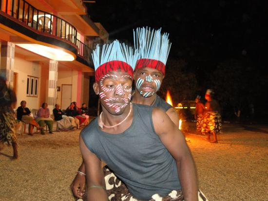 Hotel Green Park: Tribal Cultural show in the evening