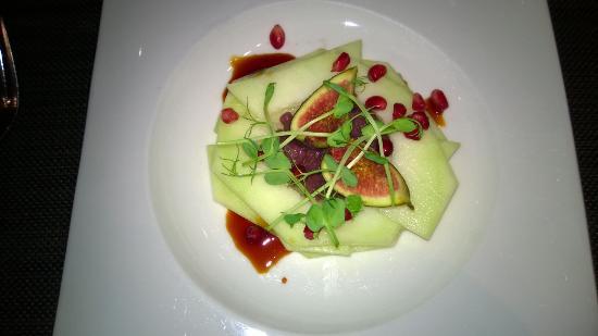 Podium Restaurant Bar & Lounge: Melon Starter